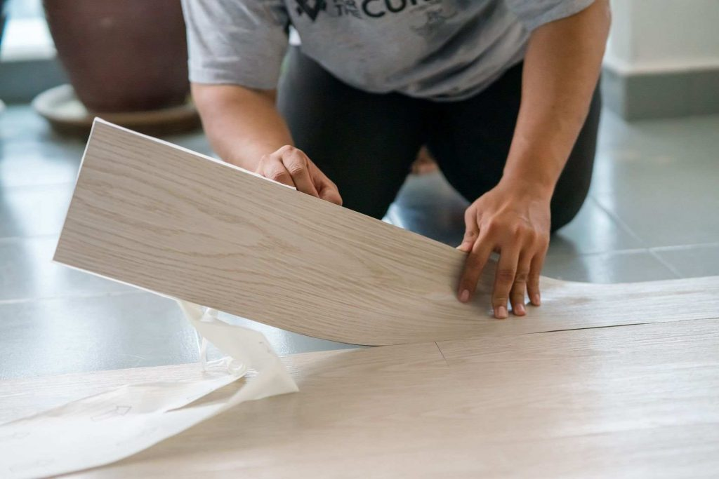 How To Cut Laminate Flooring?