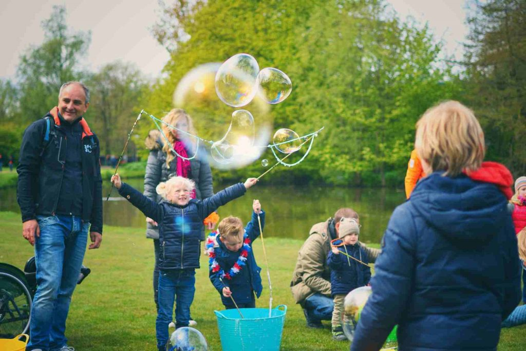 How To Organize A Bubbles Workshop?